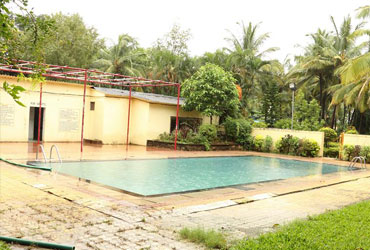 Swimming Pool Image 01-Usha Resort
